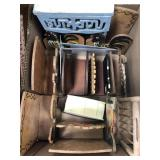 Box of farm misc animal napkin holders