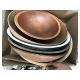 Box of misc bowls