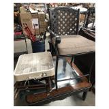 Lot with director chairs, coffee table, fan,