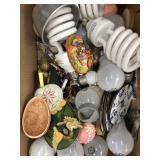Box of misc lightbulbs