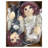 Box of raggedy Ann and Andy