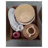 Box of misc pottery dishes