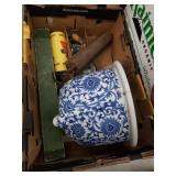 Box with a scale, flower pot as is etc