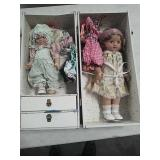 Case with dolls and accessories