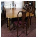 Dining Table with 3 leaves and chairs