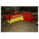New Holland 273 square baler