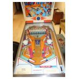 Gottlieb & Co. King Pin Pinball Machine