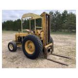 Oliver 550 Forklift