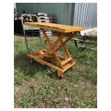 Wuxing Rolling Lift Table