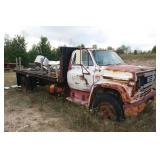 Non-Running Parts Truck & 2 Trailers