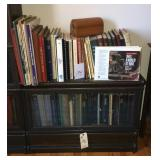 Attorney book case with one shelf (6 of 6)