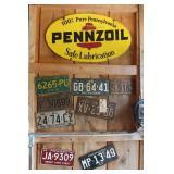 Pennzoil metal sign, Vintage License Plates