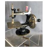 Cast Iron Table Top Singer Sewing Machine