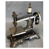 Table Top Iron Miniature Sewing Machine