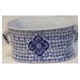 small blue white tub