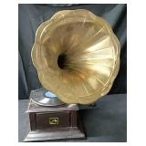 Antique Masters Voice Phonograph