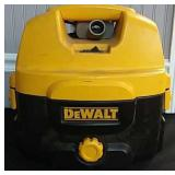 DeWalt Shop 2 Gal. Wet/Dry Vac