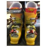 Pair of Solomon Ski Boots Xwave