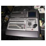 Roland VS2480 workstation>>