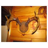 9pt plaque mount with >>>>