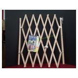 Extensia Wooden Extendible Gate