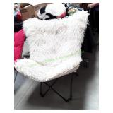Pop Up Wide Chair Plush Cream
