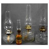 4 Vintage Lamplight Farms Oil Lamps
