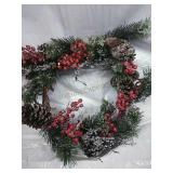 "Pine Cone/Berry 22"" Wreath NWT"