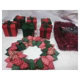 Set of 6 Velvet Gift Boxes, Fabric Wreath, and