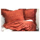 """King Size Bed Skirt and 2 Matching Pillows 17x22"""""""