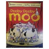 Dooby dooby moo, by Doreen Cronin & Betsy Lewin