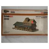 Tyco model kit Freight station