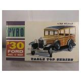 Vintage Pyro tabletop series 1930 Ford Model A