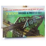 Vintage Tyco HO Scale  Bridge and Trestle set