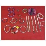 19 Bracelets