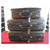 Set Of 3 American Tourister Luggage Cases 28 1/4