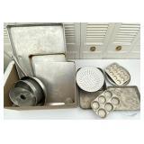Bakeware, Sheet Pans, Skillet, Muffin Tins