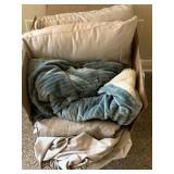 Queen-size Bed Linens, Pillows