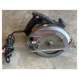 2.4 hp 11 amp 7.25 inch skill circular saw*