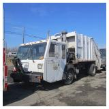 2004 Crane Carrier Garbage Truck