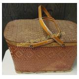 Vintage metal handle picnic basket, 12 x 18 x 10