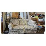 Kroehler Fine Furniture 84 in floral print sofa
