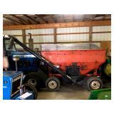 150 Bu. Gravity Wagon w/fertilizer auger w/ 10 ply tires
