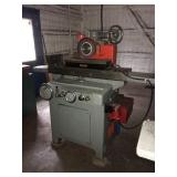 Do All hydraulic surface grinder with magnetic vice s/n 43505 3 phase