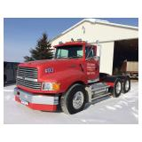 1992 Ford LT 9000 - 425 Cat - 9 speed - wet kit - air ride - 562,896 miles