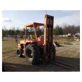 International 7000 forklift