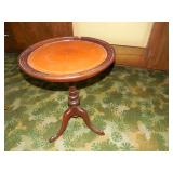 Round queen Anne Style End Table w/ Inlay