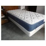Like New Brio Twin Adjustable Bed