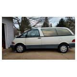 Toyota Previa Van