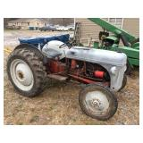 Ford 1948 8N tractor